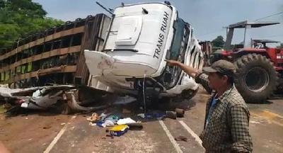 Registran brutal choque camino a Santaní