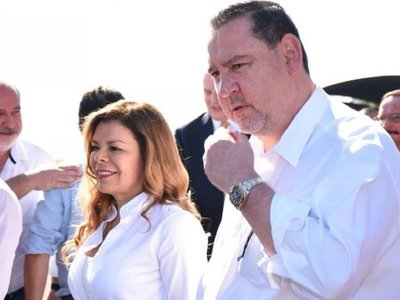 Fiscalía acusa a Javier Zacarías y Sandra McLeod