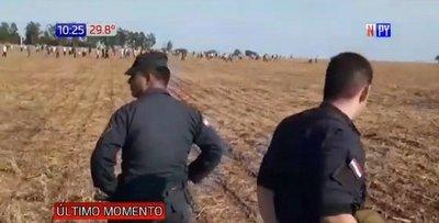 Batalla campal entre policías y campesinos