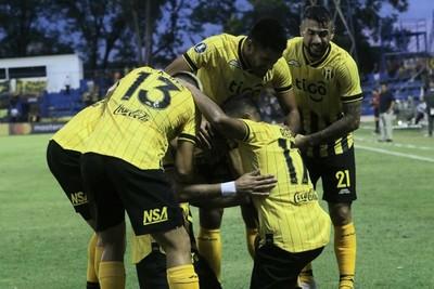 Guaraní venció a San José y avanza a la segunda fase