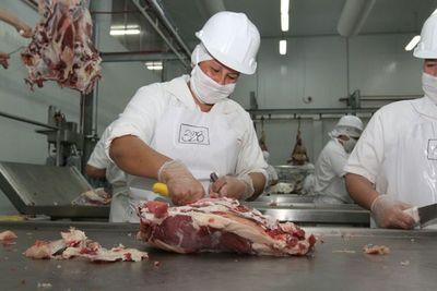 Ecuador habilita un segundo frigorífico para exportar carne bovina enfriada