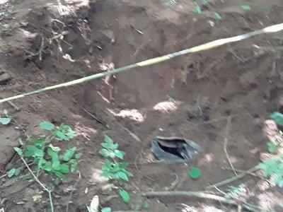 Descartan hallazgo de cadáver en tambores encontrados por familiares de Edelio