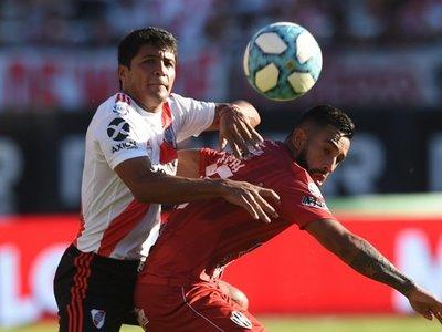 River Plate triunfa en otra gran actuación de Robert Rojas