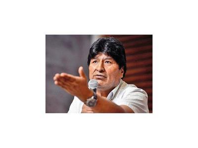Evo Morales quiere ser senador y denuncia traba  para elecciones