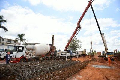 Continúan las obras del multiviaducto de CDE