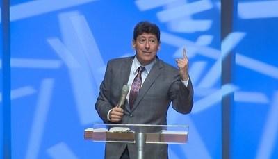 "Pastor asegura que con ""coronavirus"" se acerca el fin del mundo"