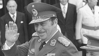 Se cumplen 31 años del derrocamiento de Stroessner