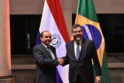 """Anexo C de Itaipú: """"Brasil está preparándose"""", dijo canciller Araújo"""
