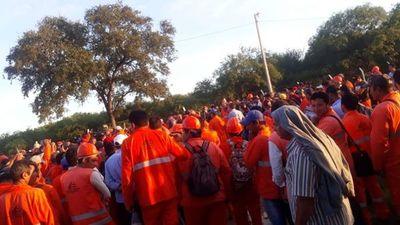 Obreros de la Bioceánica, en huelga