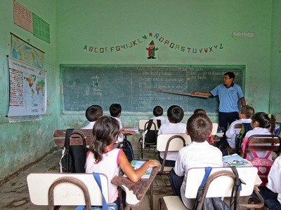 """Stroessner en las escuelas: """"Cada vez se cataloga con más claridad que fue una dictadura"""""""