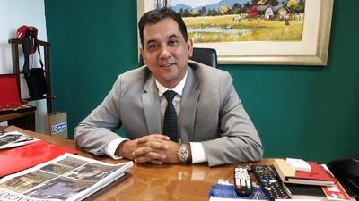 """""""Debemos abrazarnos para trabajar por Asunción"""", afirma Arévalo"""