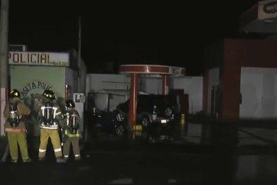 Accidente de tránsito provoca fuga de gas en estación de servicios