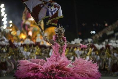 Carnaval de Brasil supertecnológico