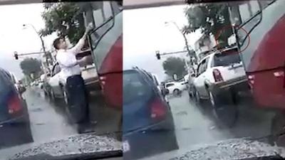 Chofer puerco y caradura fue multado por tirar basura a la calle desde su colectivo [VÍDEO]