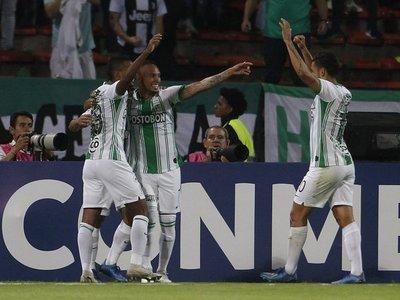 Atlético Nacional aplasta a un apagado Huracán que aún no gana en 2020