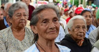IPS insiste en subir edad jubilatoria a 65 años