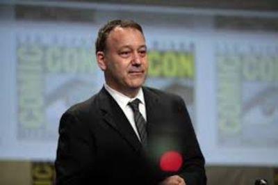 "Sam Raimi negocia con Marvel dirigir la secuela de ""Doctor Strange"""