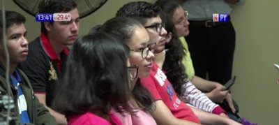 Becal lanza convocatoria para jóvenes de escasos recursos