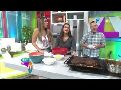 Costilla de cerdo con salsa Jack y Pan de queso y mango