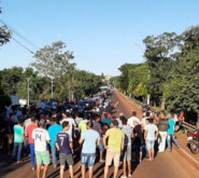 Cigarrilleros protestan tras gran incautación en Saltos del Guairá