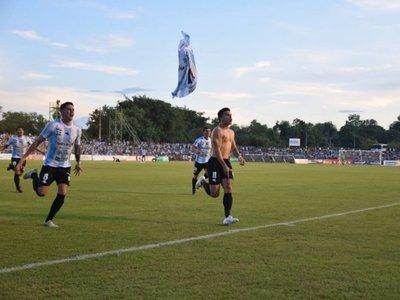 Fiesta completa: Histórica victoria en el Parque del Guairá