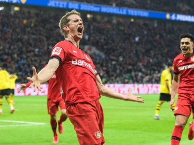 El Dortmund cae en Leverkusen en un partido dramático