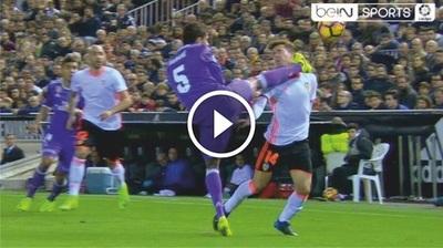 Tremenda patada Raphaël Varane en la liga Española (Vídeo)