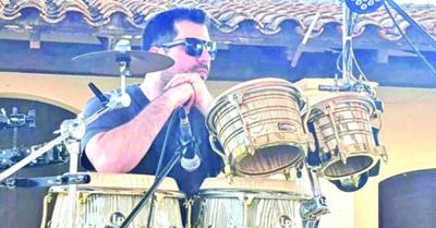 El paraguayo que cada año es  parte del carnaval carioca
