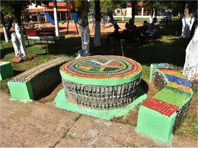 Isla Pucú, el pueblo que se transforma con el reciclaje