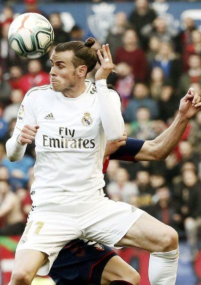 Real Madrid golea y  Barça lo escolta