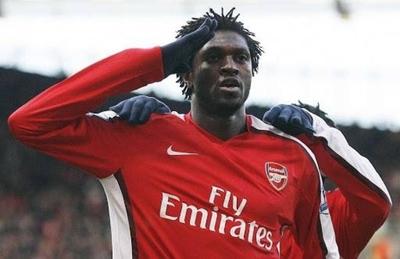 """HOY / Trovato pide """"el último paso"""" para traer a Emmanuel Adebayor"""