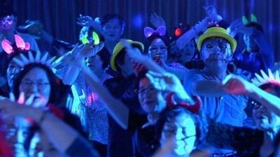 Corea del Sur: Inauguran discoteca exclusiva para ancianos