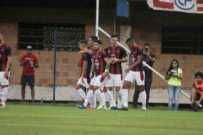 Cerro Porteño entra con goles en pelea del Apertura y aguarda a Universitario
