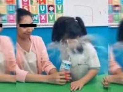 """Imperdonable """"broma"""" de maestra a su alumna de jardín para su red social"""