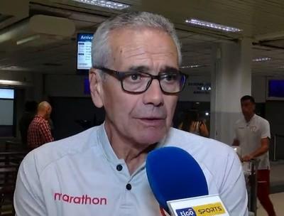 Gregorio Pérez considera las posibilidades de Universitario
