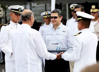 Presidente hondureño dice la transparencia es una vacuna contra la corrupción