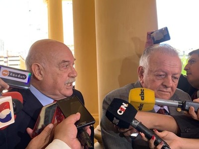 'Mario Abdo está dispuesto a renunciar a todo con tal que haya unidad en el Partido', dice Wasmosy