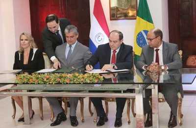 Firman acuerdo automotriz con Brasil con proyección de USD 750 millones para nuestro país