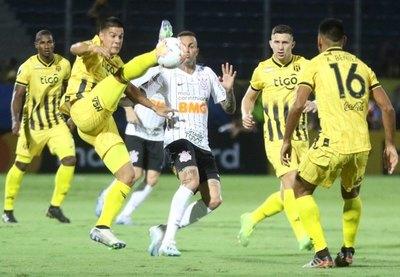 Guaraní quiere agrandar su peso copero ante Corinthians