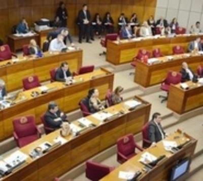 Senado: Piden estar pendientes de estudio de Financiamiento Político