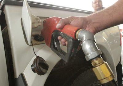 Alegan que aún no hay definición del precio de las naftas