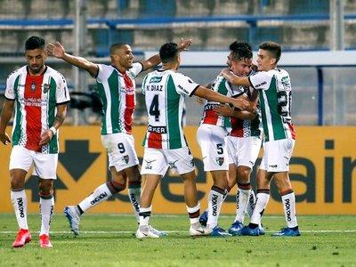 Palestino arrasa con Cerro Largo y pasa de ronda en la Libertadores