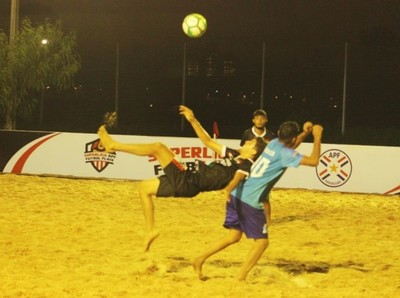 Lluvia de goles en la Superliga de Fútbol Playa