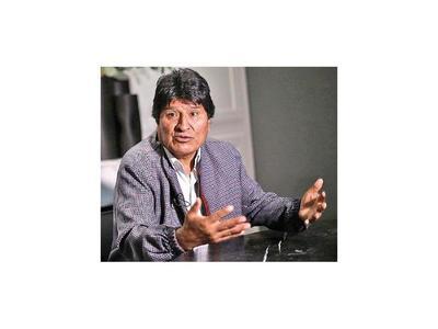 Rivales se oponen a candidatura de Evo Morales al Senado