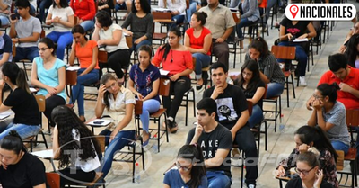 En primer día 1.300 jóvenes postularon a Becas Universitarias Itaipu-Becal