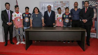 Rayadito firma convenio cuyo objetivo es proteger y promocionar derechos del niño y adolescente