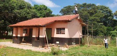 Refaccionan aulas en zonas rurales de Itakyry