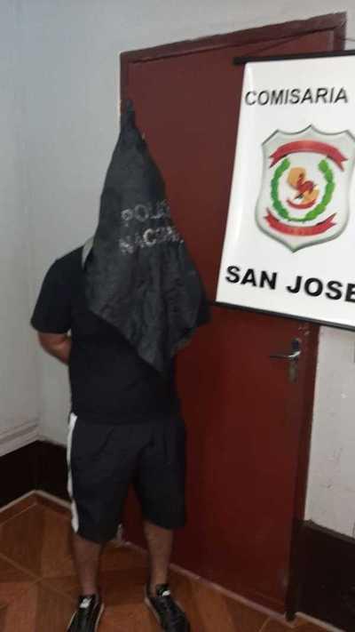 Atrapan a dos empleados infieles por robar tela del local donde trabajaban