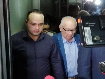 Por cambio de abogado, suspenden audiencia de ex ministro Bajac