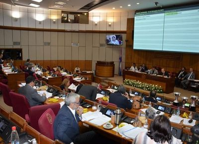 Blas Llano convoca a sesión de la Comisión Permanente por vacaciones